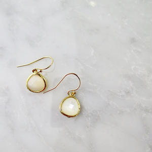 Mother of Pearl Drop Pierced earrings【14kgf】