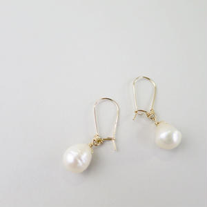 Freshwater pearl Kidney Hook Pireced earrings【14kgf】