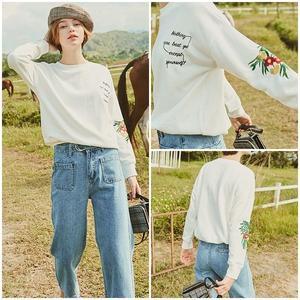 トップス Tシャツ 花柄 刺繍 ロゴ ホワイト 0700