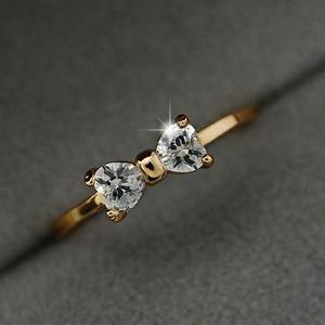 【Fcstyle】【送料無料】クリスタルでリボンの形をした可愛いリング 指輪 ゴールド アクセサリー シンプル カジュアル