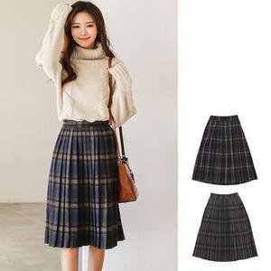 秋冬お勧めのチェック柄が可愛いひざ下丈プリーツスカート