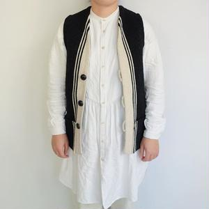 Isaac Vasquez Rug Vest (太陽紋 ソル)
