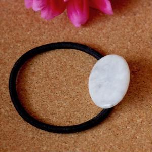 糸魚川産!天然翡翠のヘアゴム(黒)原石から磨きました
