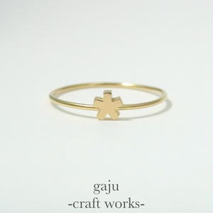 gold wire ring / angular star