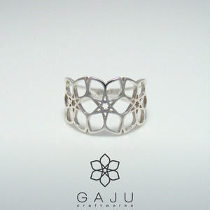 gajuvana Trinity ring ( Large )
