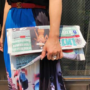 【THAI NEWSPAPER CLUTCH】