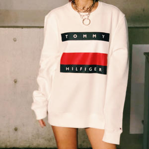 【TOMMY HILFIGER】TOMMY FLAG SWEAT