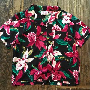 [USED]渋めアロハシャツ