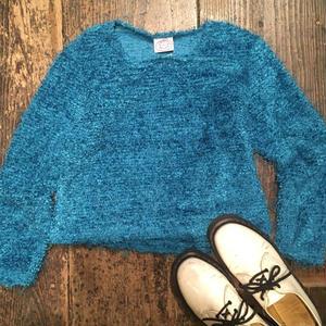 [USED] 可愛いブルーもけもけセーター