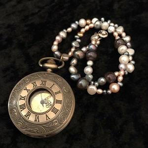 【送料無料】女性の運気をアップするバロックパールの懐中時計