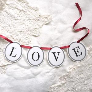 LOVE * Garland
