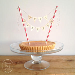 JUST MARRIED  Cake Bunting * Natural S