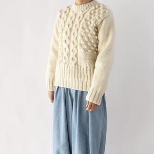 HAND-KNITTED WOOL  SWEATER(手編みニット セーター) A51803
