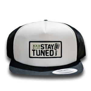 STAY TUNED CAP BLACK[MAD TUNED]