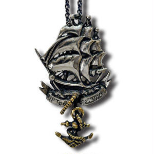 HARDEE SHIPS NECKLACE