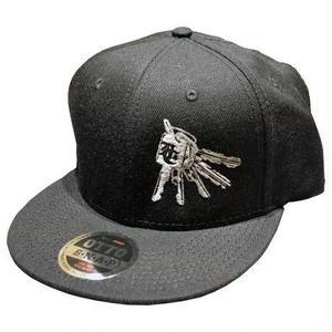 HARDEE GET A KEY SNAPBACK CAP BLACK