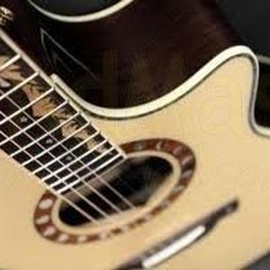 【HighTが6年使用してたハイパー中古ギター】