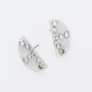 semi circle pierce ONLINESTORE限定