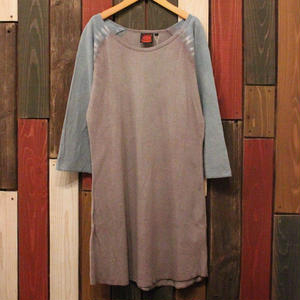 "JAVARA ""RAGLAN DYE"" one piece (beige gray)"