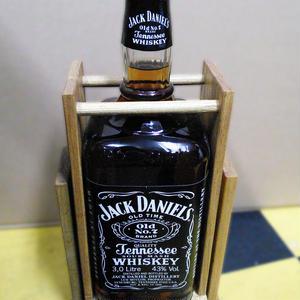ジャックダニエル ダブルマグナムボトル(3L) 木製ブランコ台付