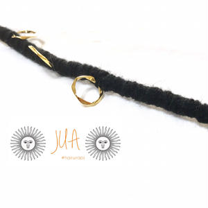 hairwraps / black × goldring