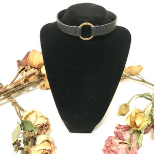 CHOKER (BLACK × GOLD)