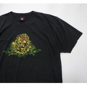 RUSTY LION T-shirt XL
