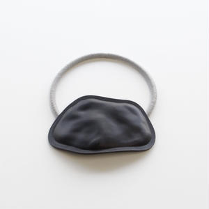 wave hair tie  / mat black