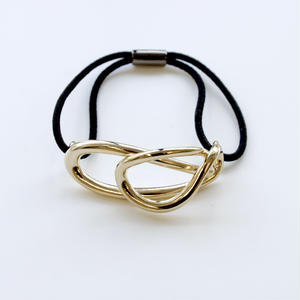 flowing hair tie  / gold