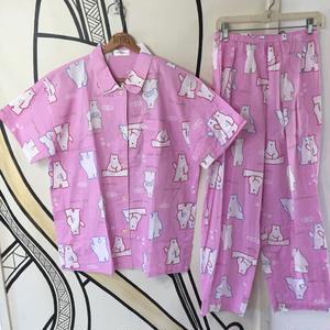 【個性的】ビッグシルエット シロクマ ピンク 総柄 パジャマ セットアップ