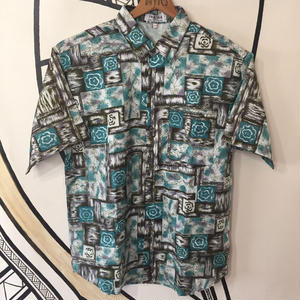 【派手】タイ シルク エキゾチック デザイン 未使用 柄シャツ
