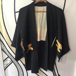 【KIMONO】ヴィンテージ オレンジデザイン ブラック着物羽織ガウン