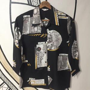 【一点物】ドミノ&ミュージック デザイン柄シャツ