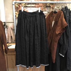 【SALE対象外】Vlas Blomme(ヴラスブラム)  コルトレイクリネン Vintage Noir ギャザースカート