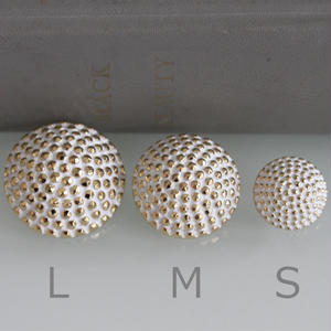 フランス現代ボタン DAIBUTUプラ一つ穴ボタン【Mサイズ】