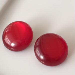 イタリア製真っ赤な飴玉イヤリング〈フランス1970年代デッドストック〉IT1