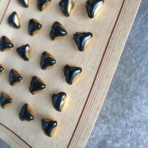 フランスボタン 黒ガラスにメタルくるみのボタン(c) 一つ穴10ミリ デッドストック