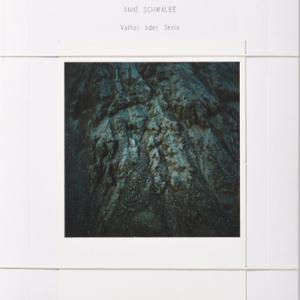 VULKAN ODER STEIN / Anne Schwalbe [SIGNED]