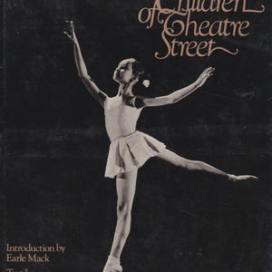 The Children of Theatre Street / PATRICIA BARNES