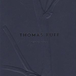 NATURE MORTE / THOMAS RUFF