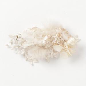 ファーとお花のクリップ*ホワイト