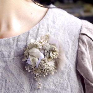ファーとお花のコサージュ*