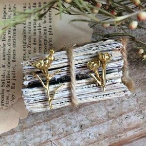 m.soeur ワックスフラワーのイヤリング gold