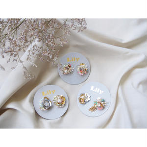 Lily collage earring