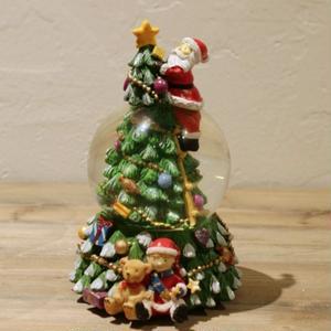 【スノードーム】サンタのデコレーションツリー
