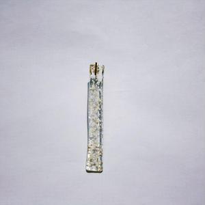 Snow Dot Glass Bar ピアス ゴールド