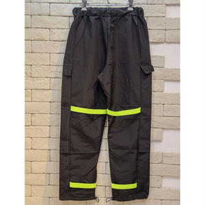 RUBBER BAND NYLON CARGO PANTS BLACK