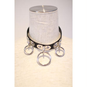 FAUX LEATHER CHOKER RING