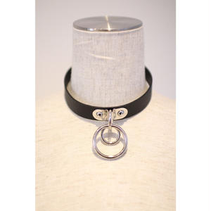 FAUX LEATHER CHOKER SMALL RING