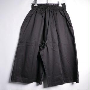 COTTON WIDE EASY SHORTS BLACK